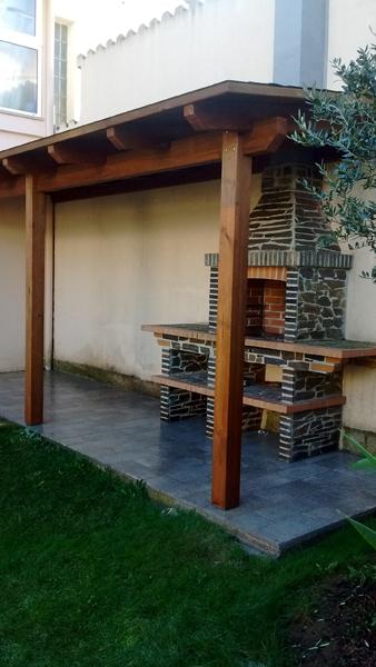 Toldos de madera beautiful foto de pergolas artesanas - Pergolas de madera en sevilla ...