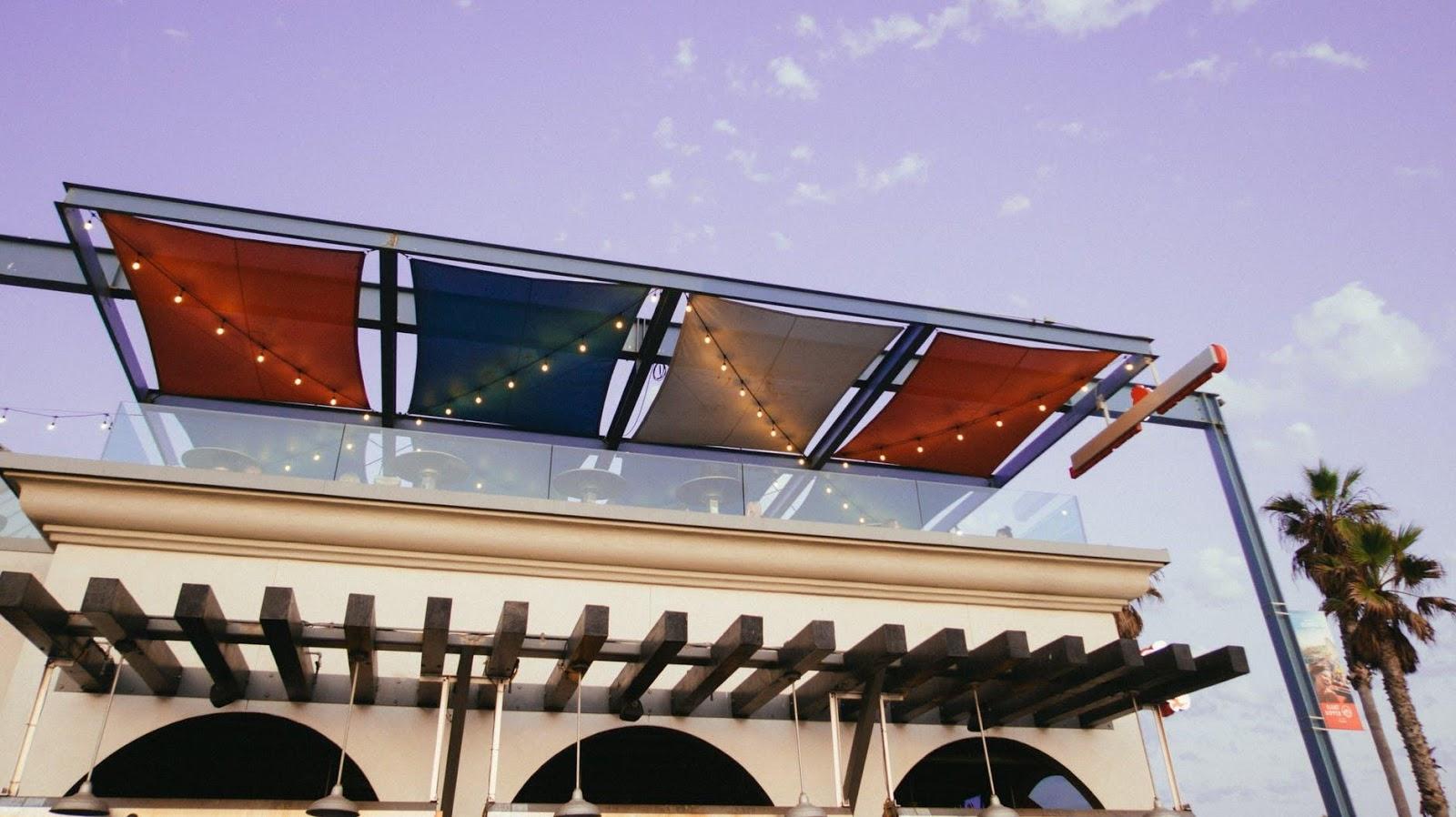 toldos correderos de aluminio en Girona